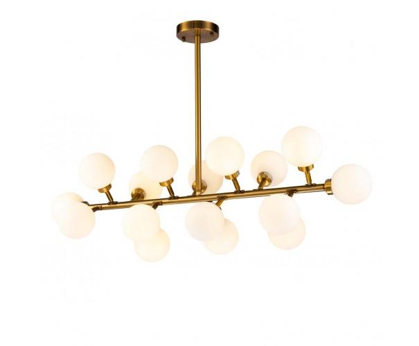 Lámpara de techo dorado envejecido y cristal blanco Foto: ALIA
